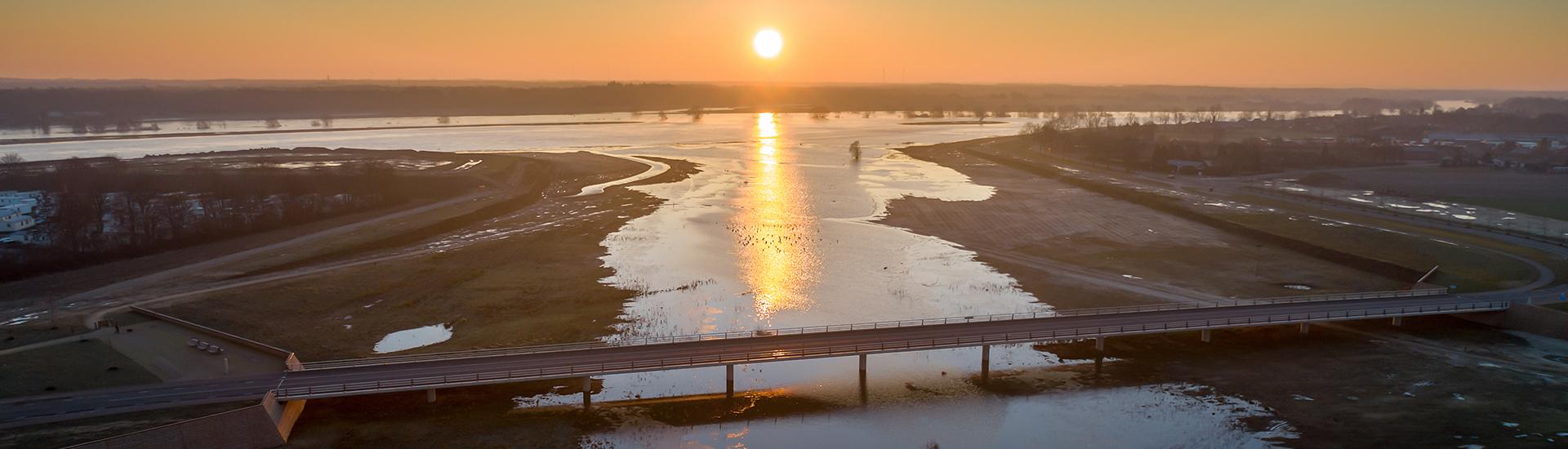 Hoge waterstanden rivier de Maas